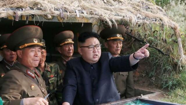 No Comment 09.08.17 – Kim e Trump: ormai è solo scambio di minacce.