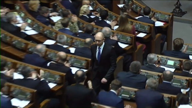PTV news 11 aprile 2016 – Il premier ucraino Yatseniuk lascia: crisi a Kiev