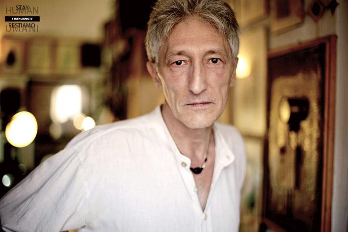 Stay Human. The Reading Movie (3/20). Un lento morire in vano ascolto – Massimo Arrigoni