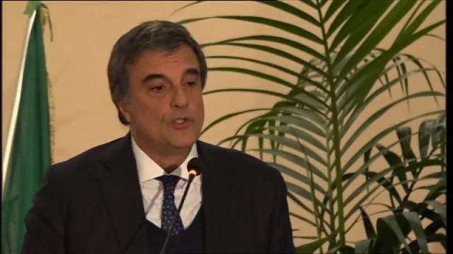 A solidão da democracia: José Eduardo Cardozo fala sobre a crise do estado de direito
