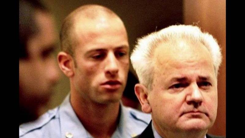 Il Punto di Giulietto Chiesa: il Tribunale dell'Aja scagiona Milosevic | Pandora TV