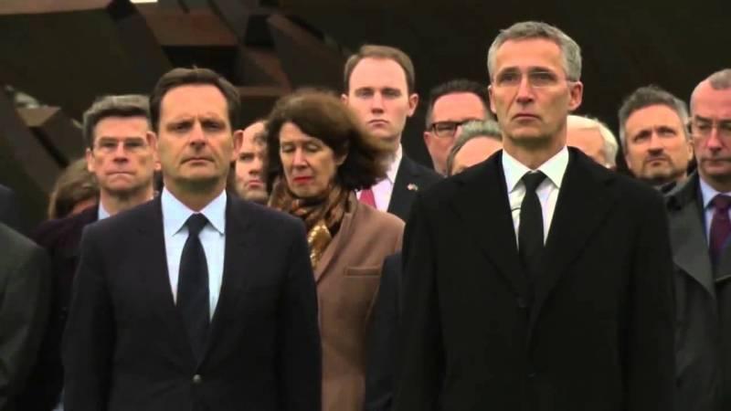 La notizia di Manlio Dinucci - L'Assemblea parlamentare della Nato a Firenze   Pandora TV