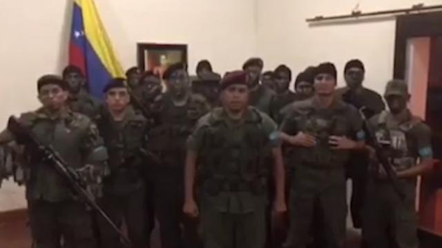 No Comment 07.08.17 –  In preparazione l'intervento militare USA contro Maduro