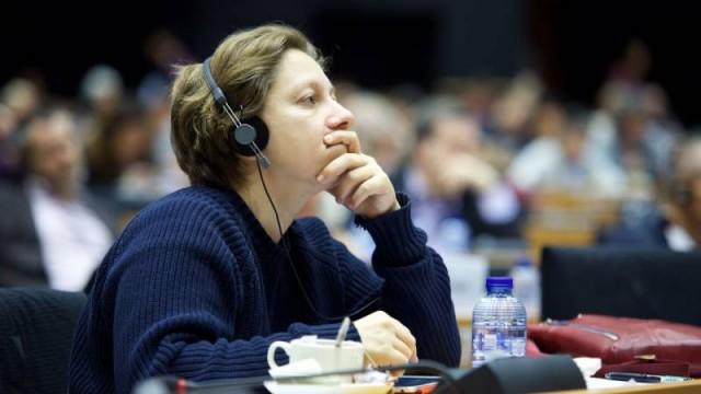 Parte la carovana antifascista per il Donbass. Intervista all'onorevole Eleonora Forenza
