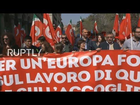 """[RT LIVE] A Roma il corteo """"La nostra Europa"""""""